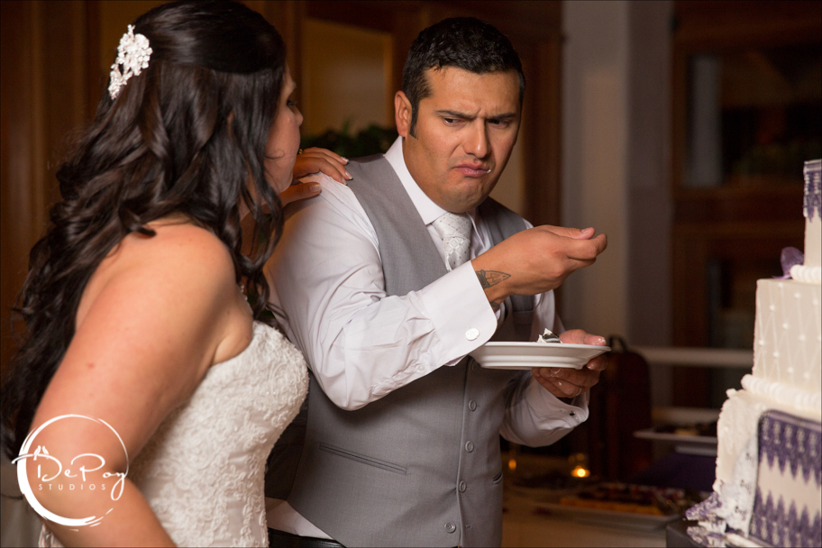 Phoenix wedding, Phoenix wedding photographer, photos, wedding cake, phoenix wedding cake, cake cutting, groom, couple, love, bride, Chandler wedding photographer, chandler wedding studio, fun, Phoenix, Chandler, Gilbert wedding photographer